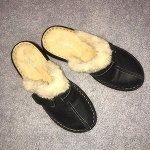 Easy Spirit fur-lined clogs brand new size 8